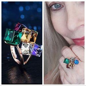 Stunning Austrian crystal cubed Art Deco ring